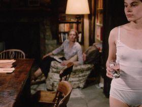 Suzanna Hamilton sexy - Wetherby (1985)