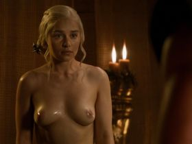 Emilia Clarke nude - Game of Thrones s03e08 (2013)