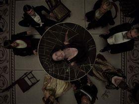 Eva Green sexy - Penny Dreadful s01e02 (2014)