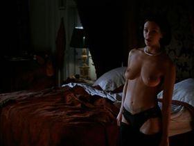 Asia Argento nude - B. Monkey (1998)
