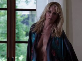 Katherine LaNasa sexy - Satisfaction s01e06 (2014)