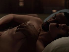 Lucy Walters sexy, Lela Loren nude - Power s01e08 (2014)