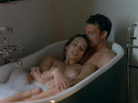 Carole Brana nude, Nadia Chibani nude, Lise Bellynck nude - A l aventure (2008)