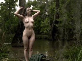 Jennifer Lynn Warren nude - Creature (2011)