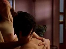 Leonor Watling nude - Deseo (2002)
