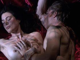 Jaime Murray nude - Dexter s02 (2007)