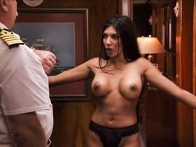Julian Wells nude, Lola Davidson nude, Julia Beatty nude, Heather Storm nude, Vida Guerra sexy - Dorm Daze 2 (2006)