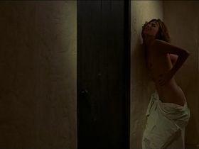 Jane Birkin nude - Dust (1985)