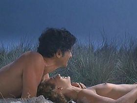 Monica Guerritore nude - Eutanasia di un amore (1980)