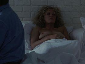 Glenn Close nude - Fatal Attraction (1987)