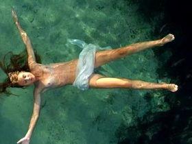 Matilde Maggio nude - L'estate di Martino (2010)