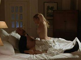 Carolina Bang nude - La Daga de Rasputin (2011)