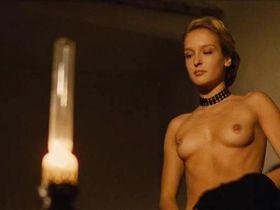 Ingrid Held nude - La maison assassinee (1988)