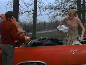 Catherine Deneuve nude - La sirene du Mississipi (1969)