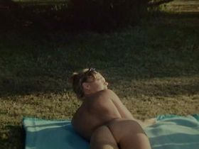 Romy Schneider nude - Les Innocents aux Mains Sales (1975)