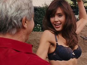 Jessica Alba sexy - Little Fockers (2010)