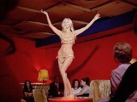 Barbara Bouchet sexy - Milano calibro 9 (1971)