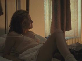 Kristen Stewart nude - On the Road (2012)