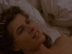Irene Jacob nude - Othello (1995)