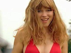 Lea Seydoux sexy - Plain Sud (2009)