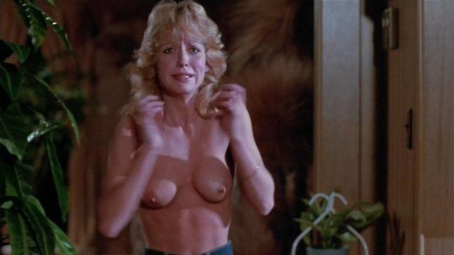 Superstar Linnea Quiggley Nude Images