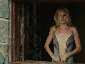 Kate Bosworth sexy - Straw Dogs (2011)