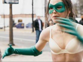 Ellen Page sexy - Super (2010)