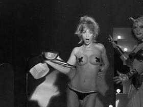 Leticia Bredice nude, Sofia Castiglione nude - Tetro (2009)