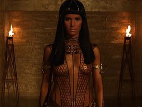 Patricia Velasquez sexy - The Mummy (1999)