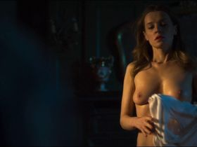 Catherine Walker nude - A Dark Song (2016)