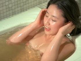 Ki-seon Lee nude - Suddenly in the Dark (1981)