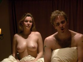 Shanna Moakler nude - Seeing Other People (2004)