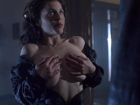 Zoe Trilling nude - Night of the Demons 2 (1994)