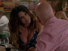 Cerina Vincent sexy - Californication s07e11 (2014)