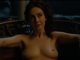 Carice Van Houten nude - Game Of Thrones s04e07 (2014)