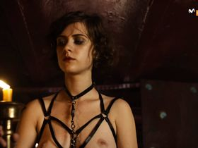 Liv Lisa Fries nude, Severija Janusauskaite nude - Babylon Berlin s01 (2017)