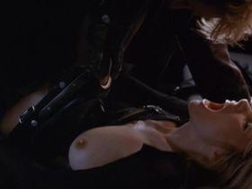 Rosanna Arquette nude - Crash (1996)