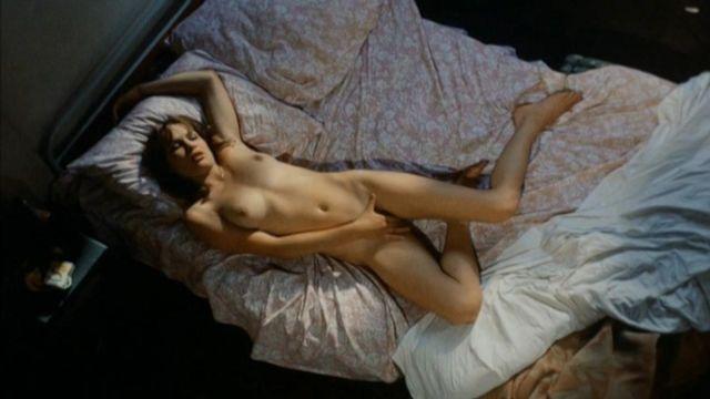 Monique Chaumette  nackt