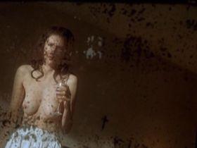 Alessandra Martines nude - L'heure zero (2007)