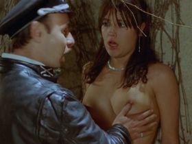 Andrea Albani nude, Ana Roca nude - Mad Foxes (1981)