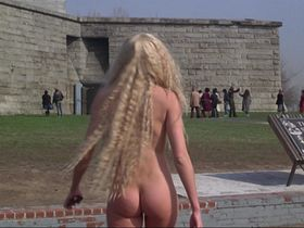 Daryl Hannah nude - Splash (1984)