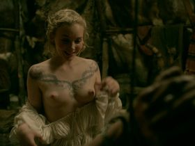 Dagny Backer Johnsen nude - Vikings s05e07 (2018)