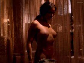 Ivonne Montero nude, Cristina Michaus nude - El Tigre de Santa Julia (2002)