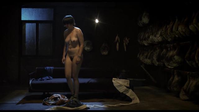Bojana Malinovska nude - Jagode (2015)