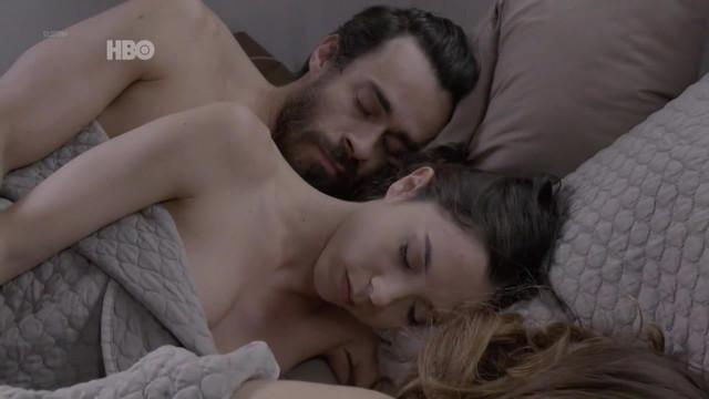 Gabriella Vergani nude, Gabriela Cerquiera sexy, Carolina Borelli sexy - O Negocio s04e11 (2018)
