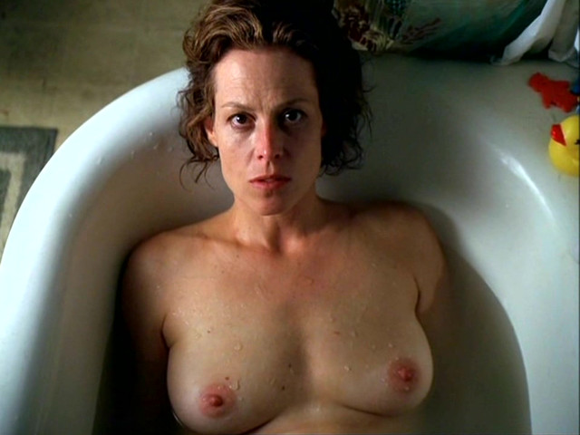 Sigourney Weaver nude - A Map of the World (1999)