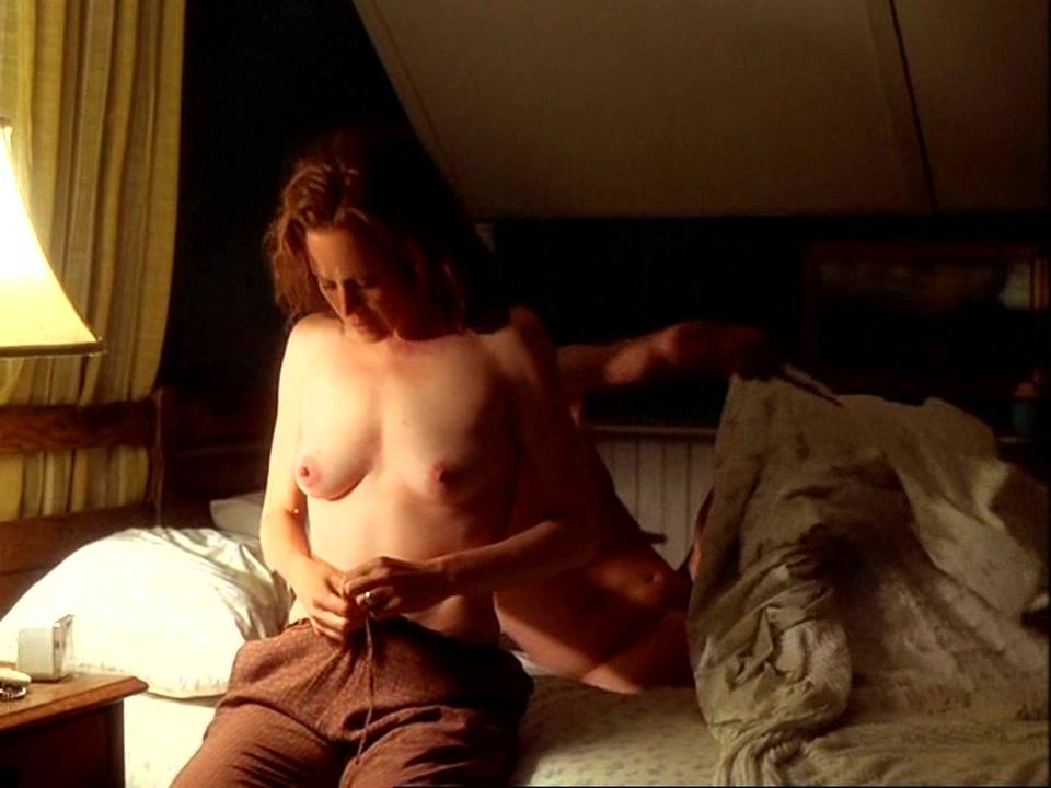 sigourney weaver nude images