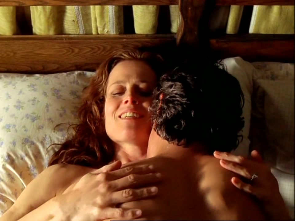 ... Sigourney Weaver nude - A Map of the World (1999)