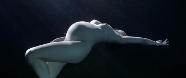 Alexandra Freeman nude , Alice Modolo nude, Isabelle Servol nude - Narcose (2013)