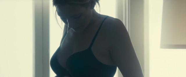 Anna Torv sexy - Stephanie (2017)